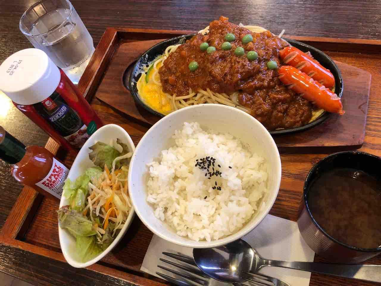 「紋土珈琲 五明店」鉄板スパゲッティ・ミートスパとランチセット