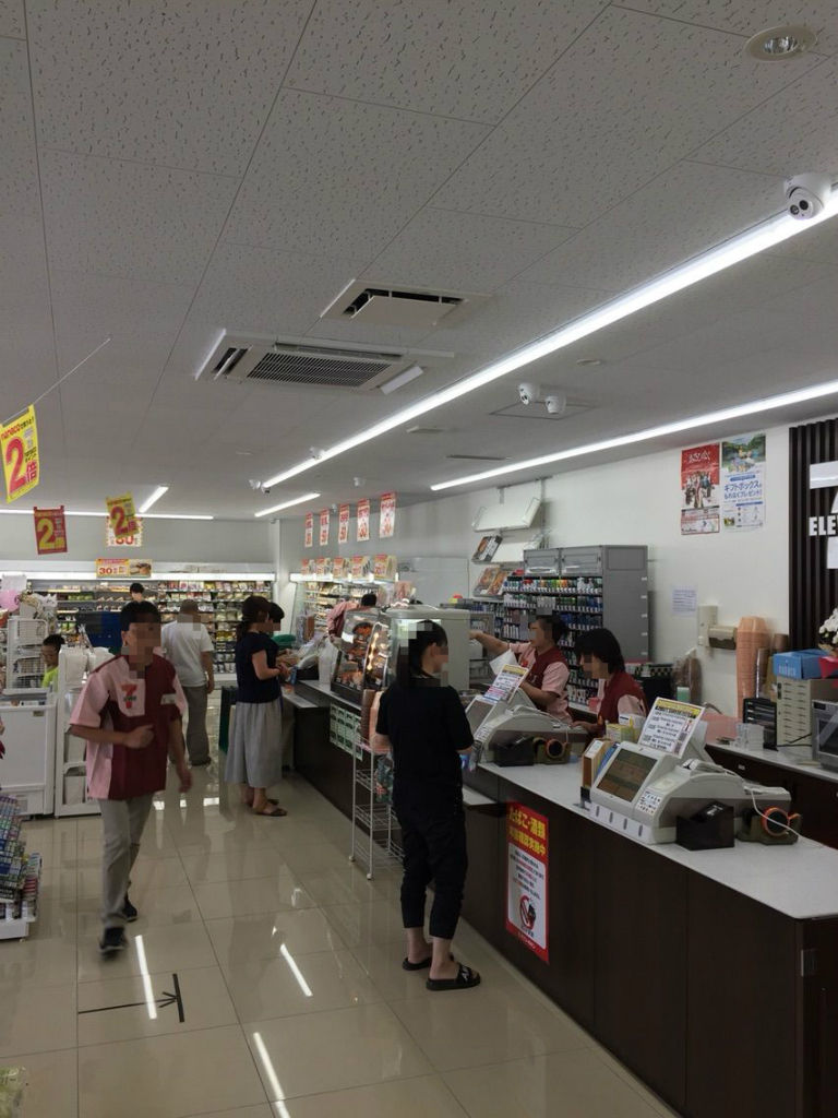 『セブン-イレブン江南今市場町店』レジ