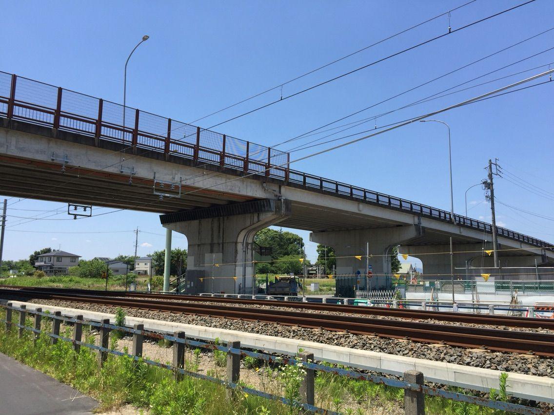 江森・前野歩道橋