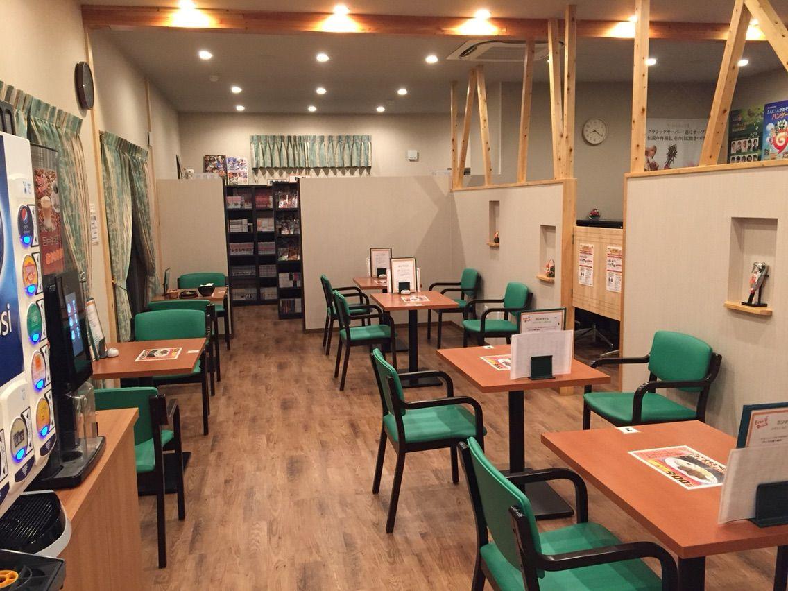 『ネットカフェ シュウイチ』店内